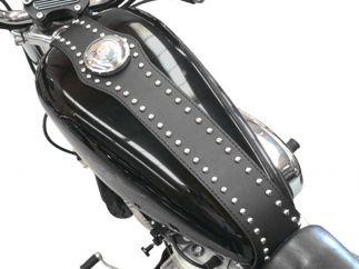 Cubredepósito de piel con tachuelas  HD Sportster